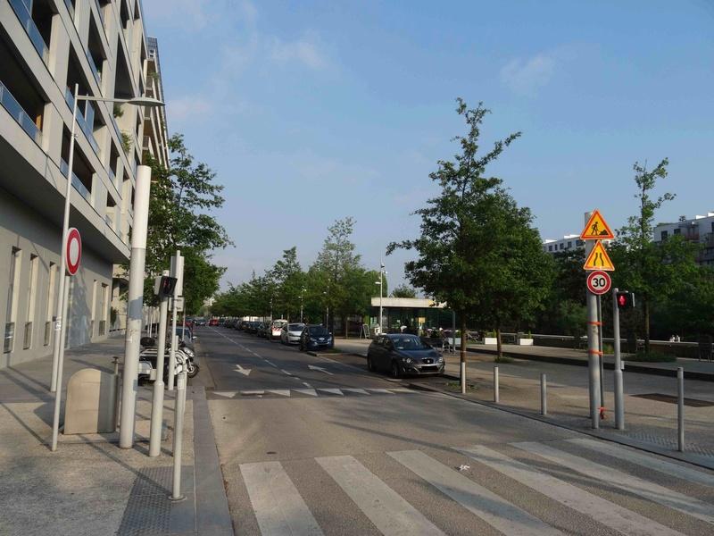Avenue Pierre Lefaucheux Dsc07551