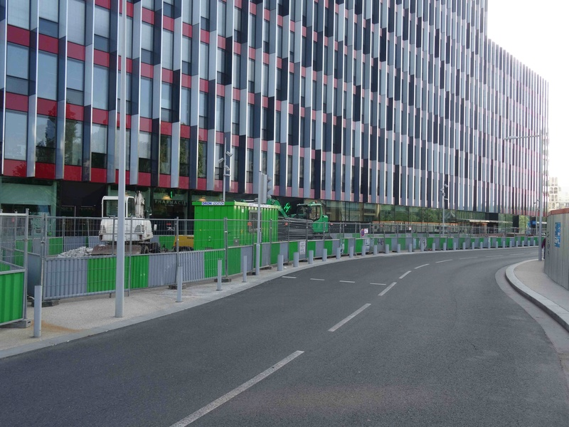 Avenue Pierre Lefaucheux Dsc07622