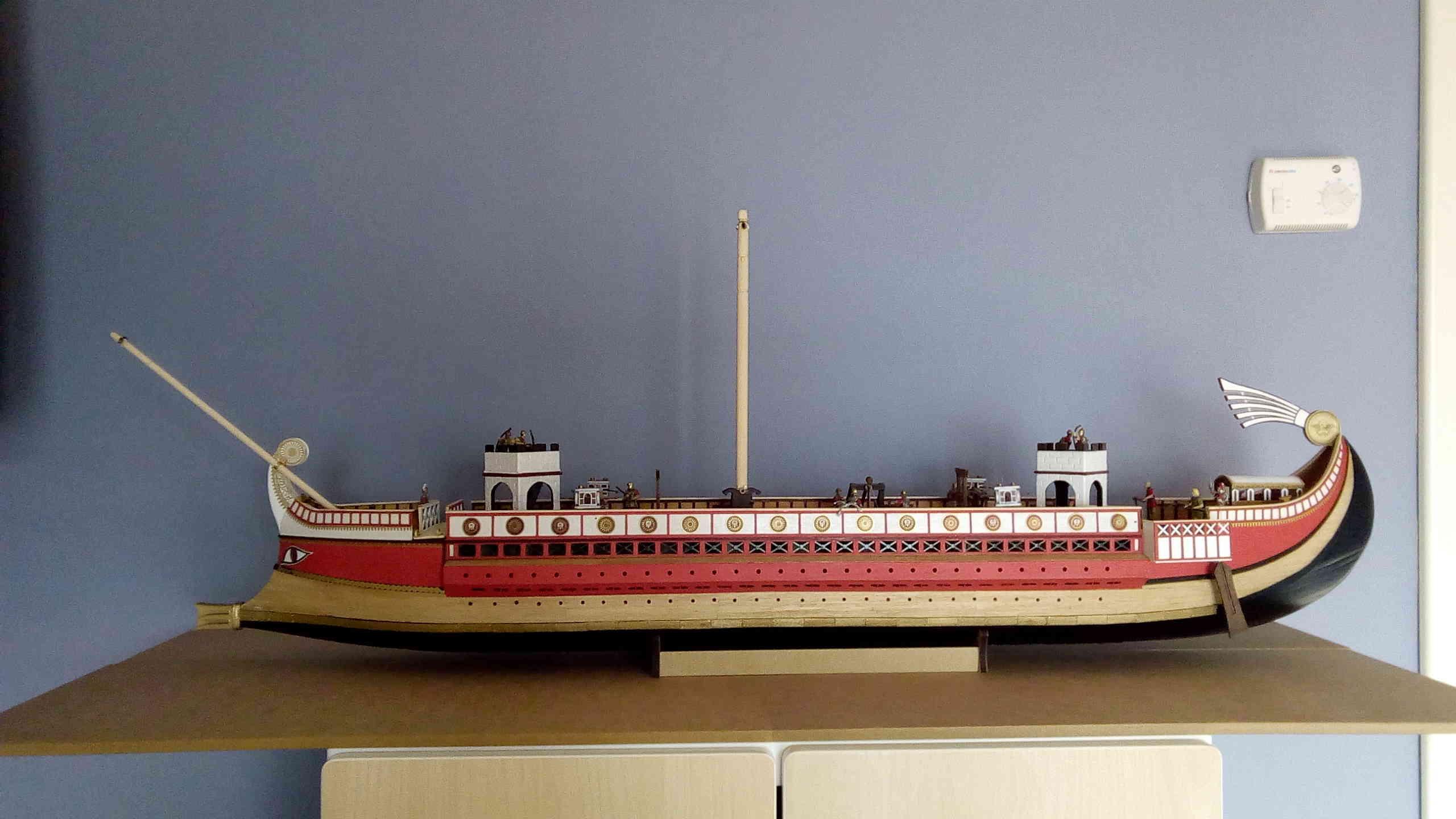 nave - Costruiamo la Nave Romana Quinquereme ? - Pagina 6 Img_2038