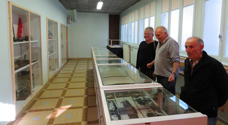le musée du tacot de Cléron dans le Doubs 3_des_10
