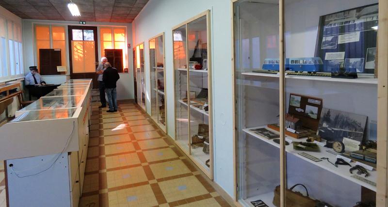 le musée du tacot de Cléron dans le Doubs Dans_l11