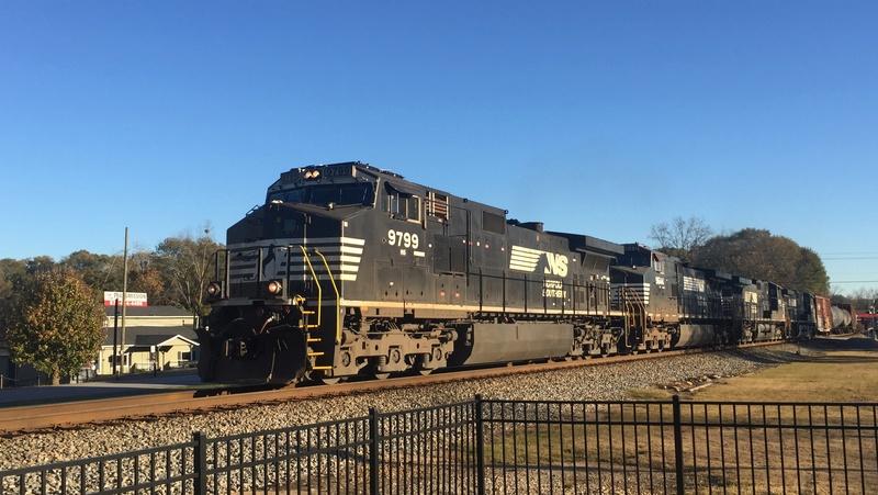Railfanning meets 1e298e10