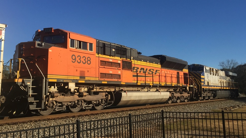 Railfanning meets 22d1bd10