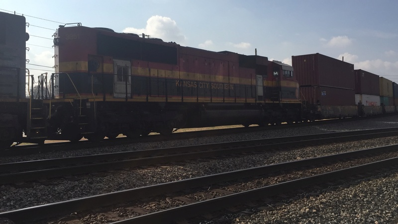 Railfanning meets 5dc48b10