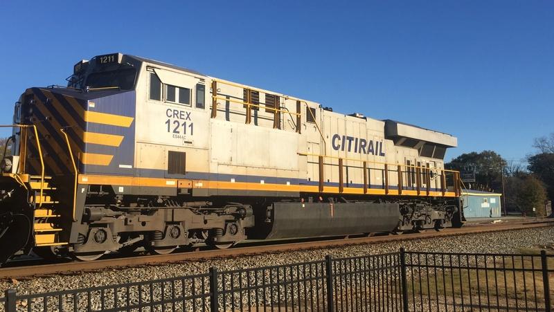Railfanning meets A0cd7210