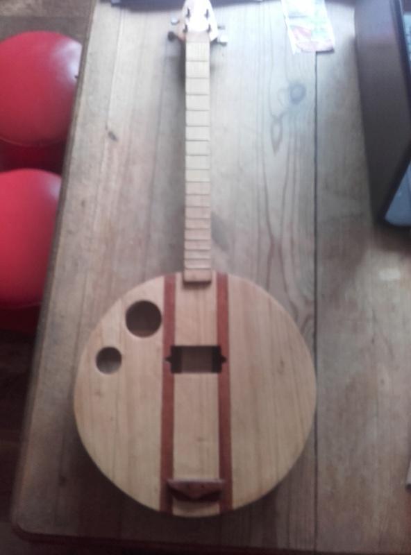 banjo bois 4 cordes  20180110