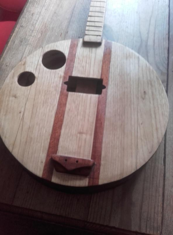 banjo bois 4 cordes  20180111