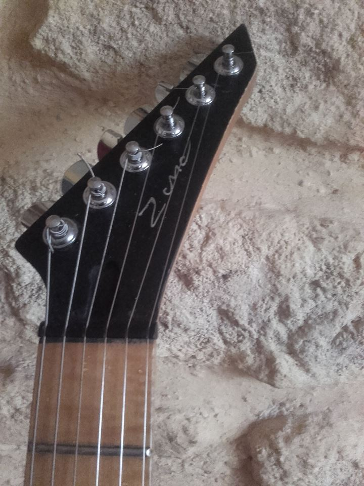 guitare bidon shell 6 cordes 24910110