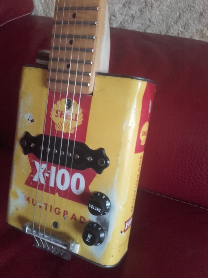 guitare bidon shell 6 cordes 25348310