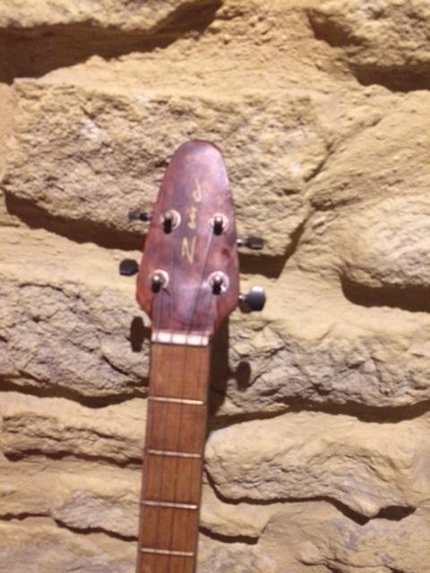 banjo 4 cordes Img_0711