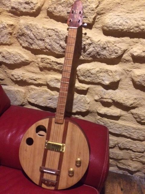 banjo 4 cordes Img_0712