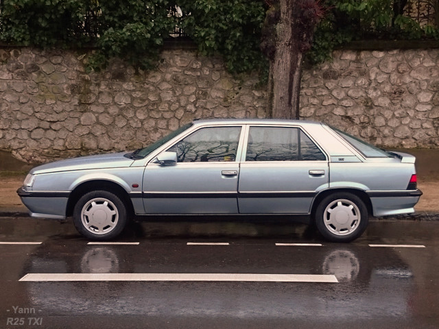 Renault 25 V6 Baccara de collection. - Page 2 00210