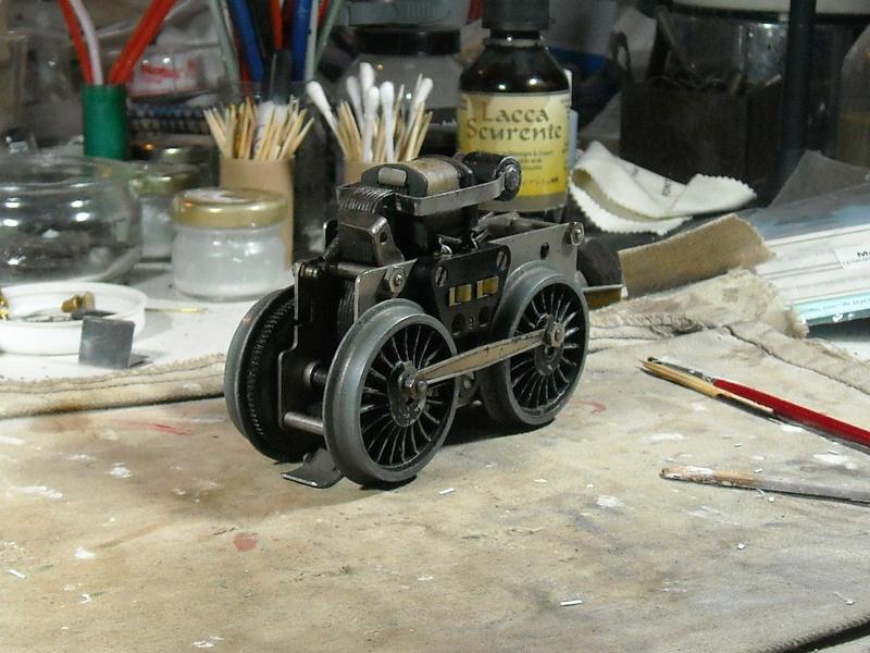 Fixation d'un moteur électrique pour une 221. Dscn1811