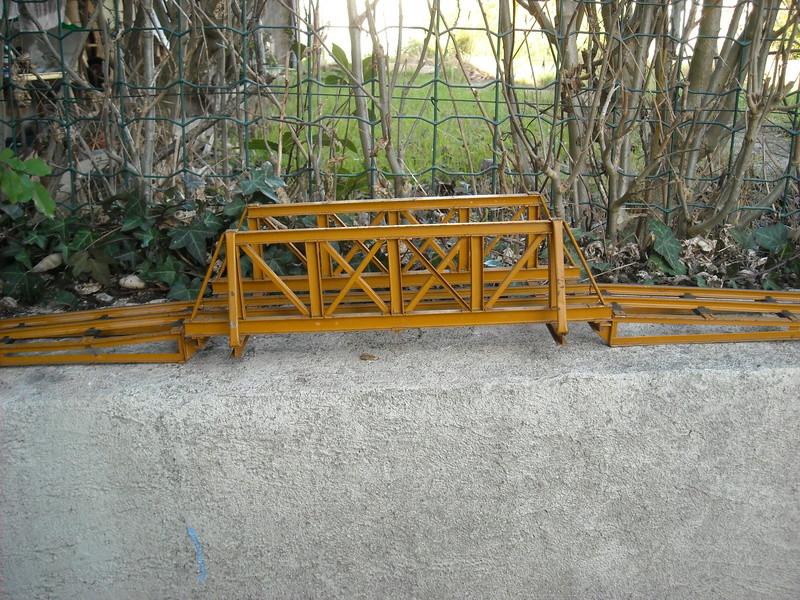 Pont à poutrelles MANUFAX echelle 0 Dscn1825