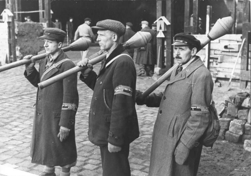LFC : 16 Juin 1940, un autre destin pour la France (Inspiré de la FTL) - Page 8 Bundes19