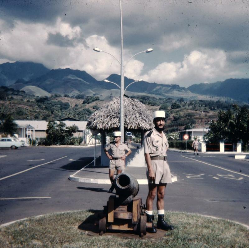 [Campagnes] Souvenirs de mon arrivée au camp d'Arué à Tahiti - Page 6 Image215