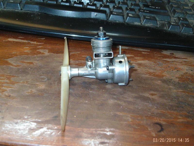 Interesting vintage engine. Fury Twin Stack  Sky_fu11