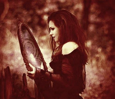 Ритуал прорицания на зеркале. Magiya10