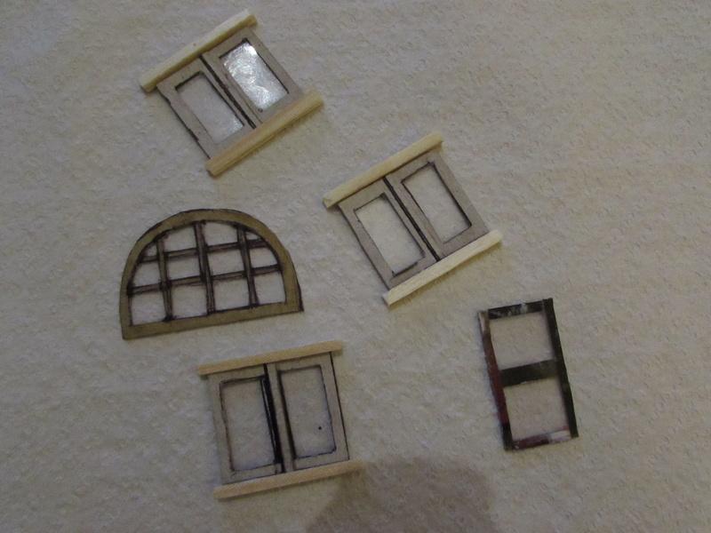 La maison est en carton, les escaliers... un batiment pour pas cher. Img_5627
