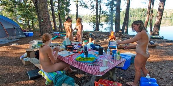 Quelle activité nudiste pour une première rencontre ? C479ae10