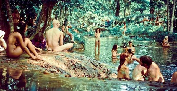 Le naturisme diminue l'anxiété Rainbo10