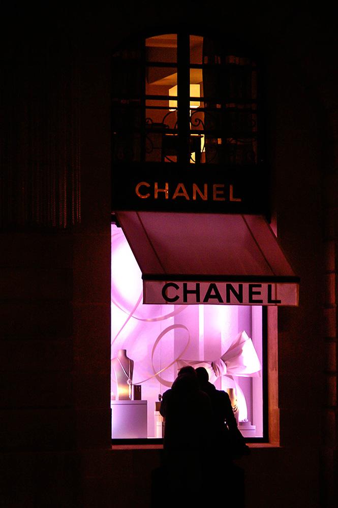 [Fil ouvert ] Fenêtres, volets, ouvertures... - Page 6 Chanel12