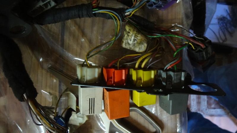 [ Résolu ] Correspondance du relais électrique Dsc01110