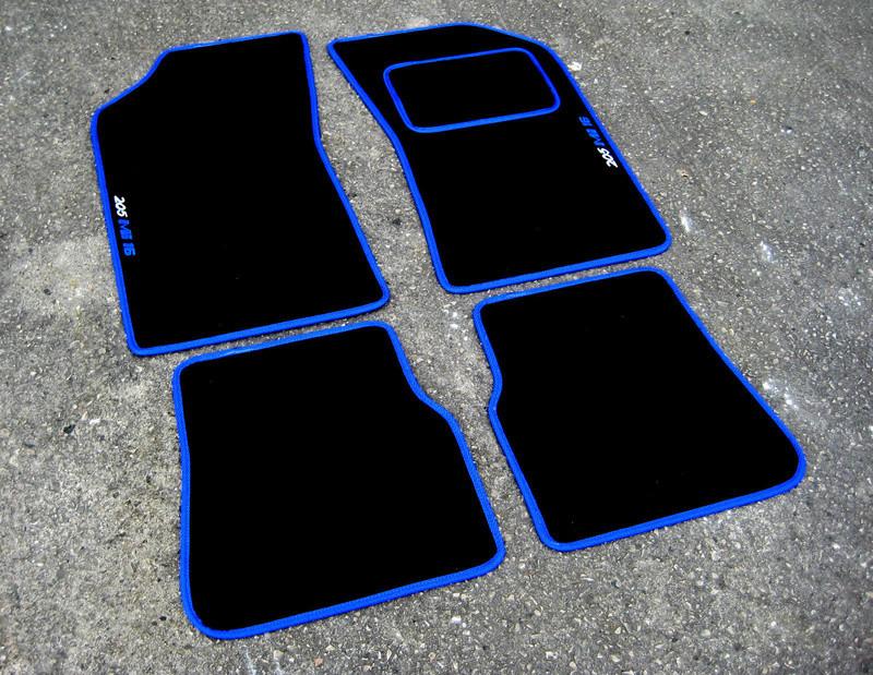 Nouveau partenariat Tapis de sol - Ambassador Car Mat 205_mi17
