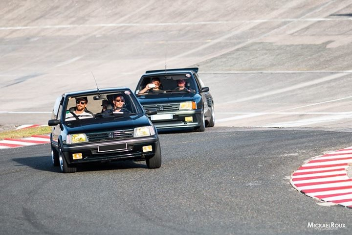 [redorangina]  205 GTI Dimma  - 1905 cm3 - Vert - 1989 - Page 4 Grande10