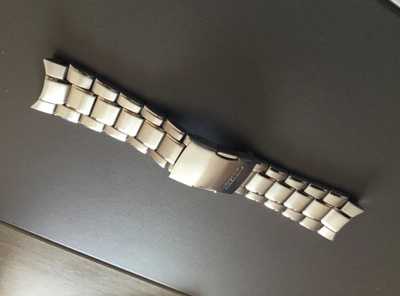 heyyy j'ai besoin d'un coup de main les Fameurs , bracelet Acier K-05 - Page 2 Ad973c10