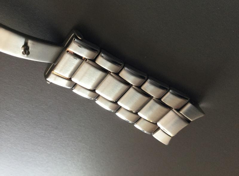 heyyy j'ai besoin d'un coup de main les Fameurs , bracelet Acier K-05 - Page 2 Dc8fef10