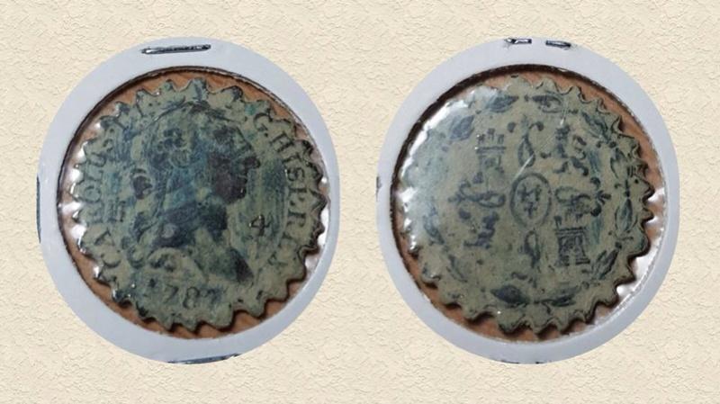 Monedas dentadas 26167410