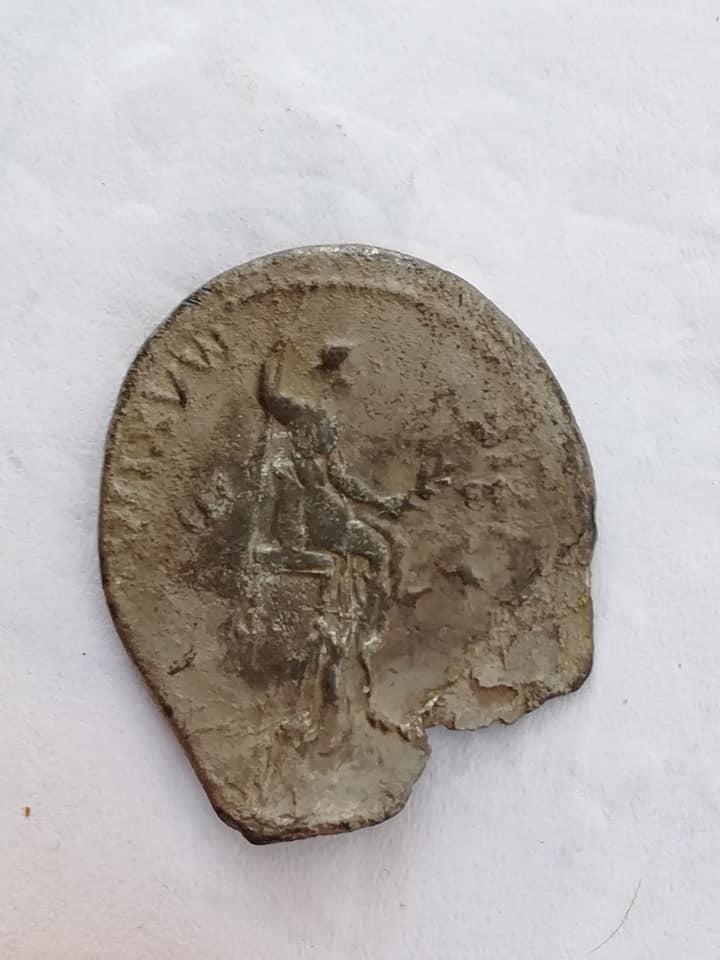 Denario de Tiberio con doble acuñación 28871810
