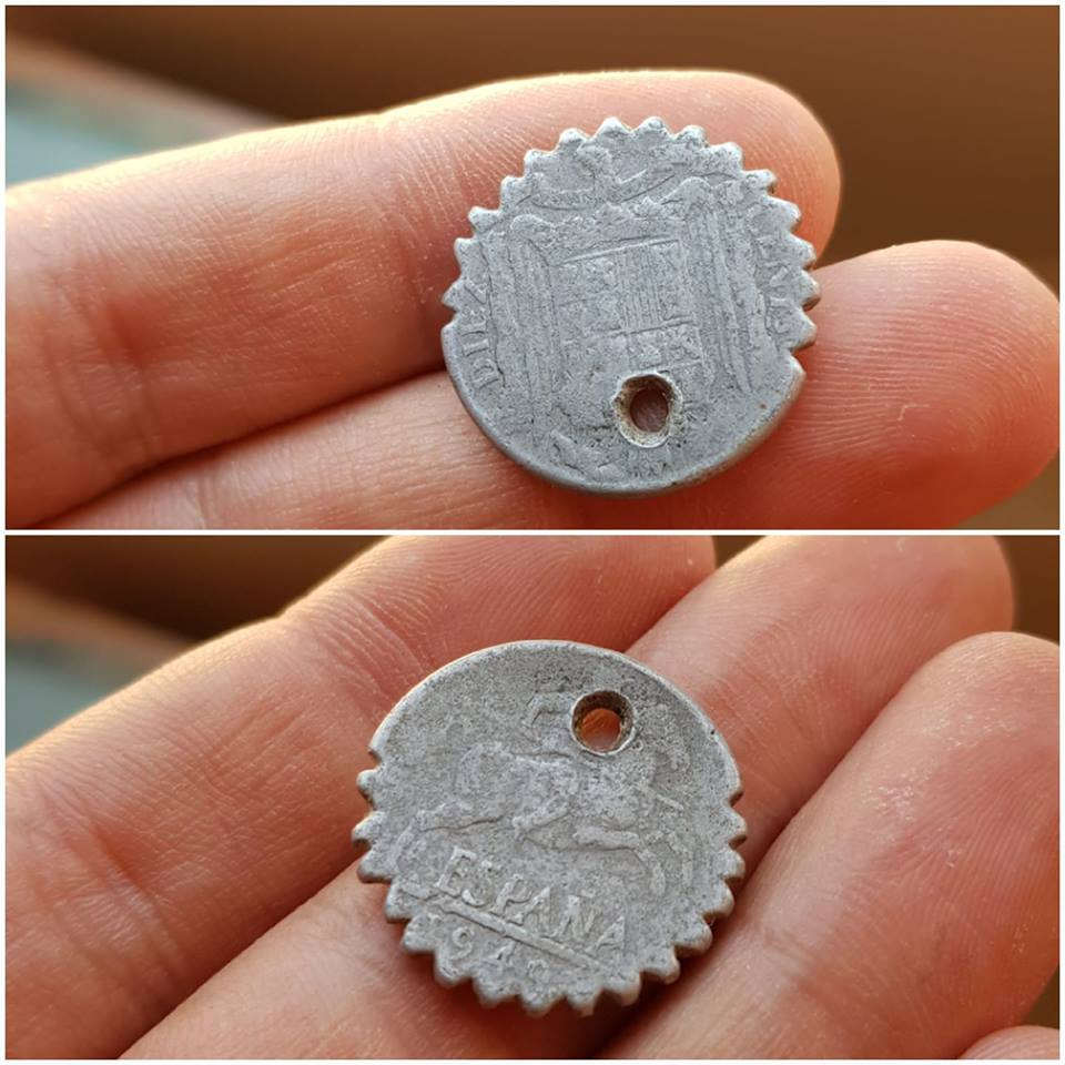 Monedas dentadas 34640410