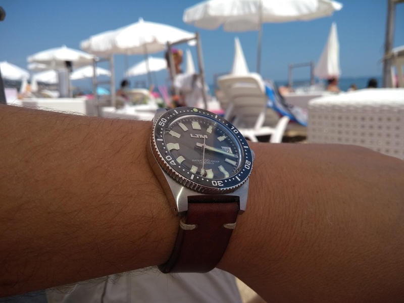 """budget - Le club des heureux propriétaires décomplexés de montres """"hommage"""" - Page 16 15268211"""