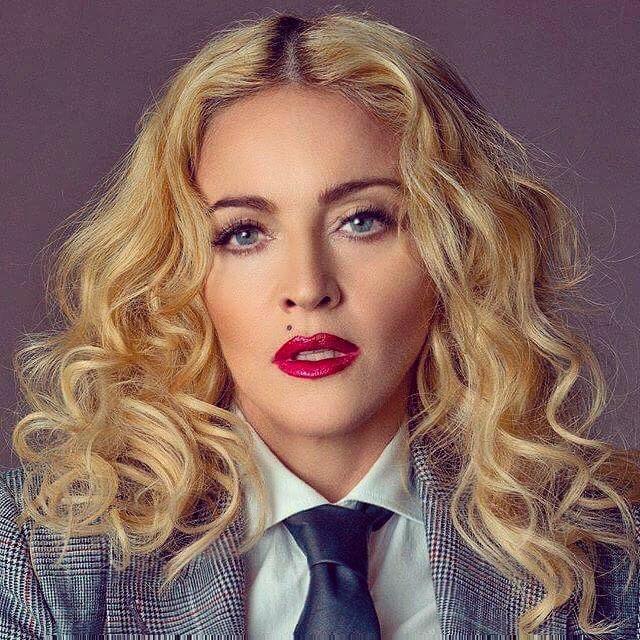 Madonna 12907212