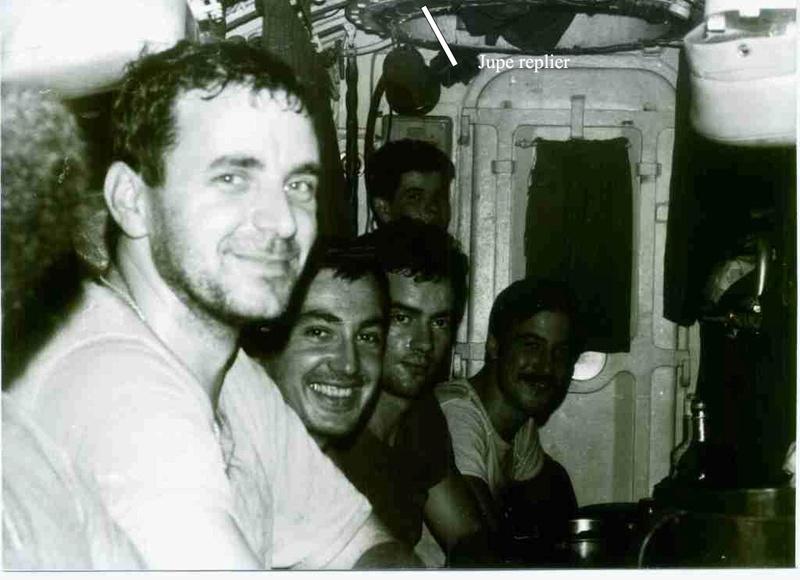 [ Divers - Les classiques ] La vie à bord d'un sous-marin classique - Page 21 Jupe10