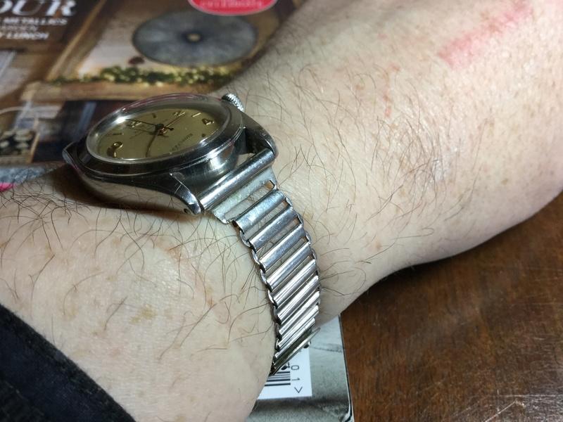 Comfiest watch  85152410