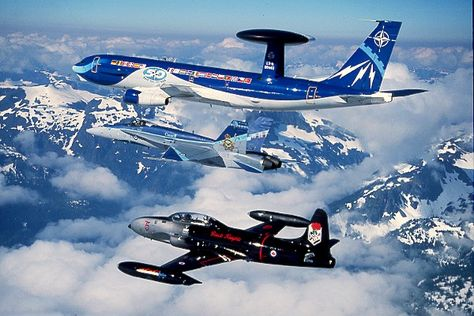 Boeing E-3 B awacs Heller 1/72 41b36f10