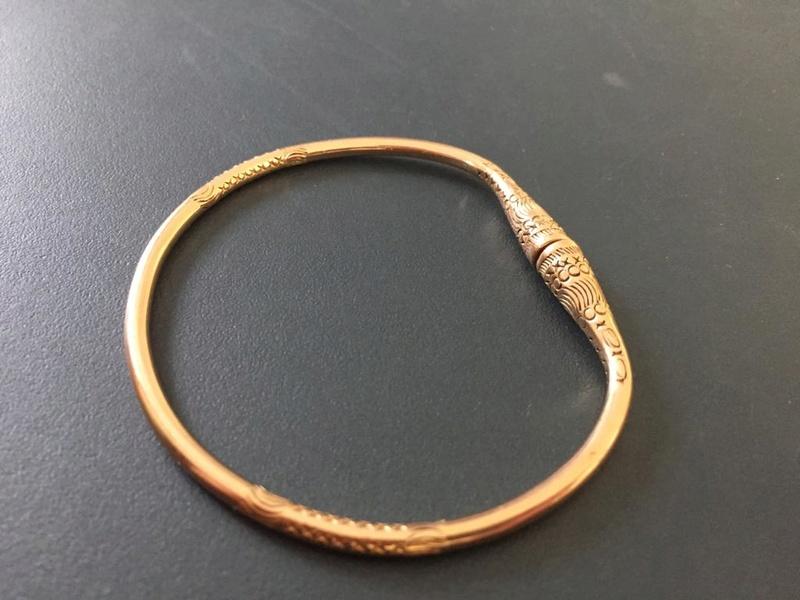 Vidéo sur la fabrication d'un bracelet ciselé 678b4210