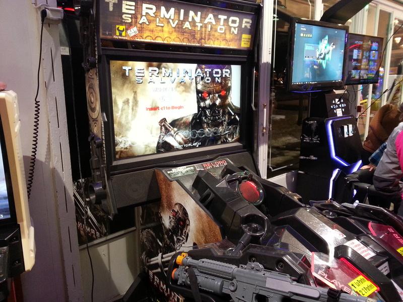 Une salle pas sale (ou les dernières salles d'arcade )  Image42