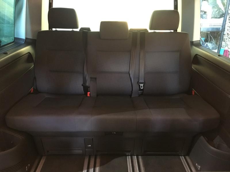 Démontage complet espace AR d'un Multivan Confortline 2006 Bqt211
