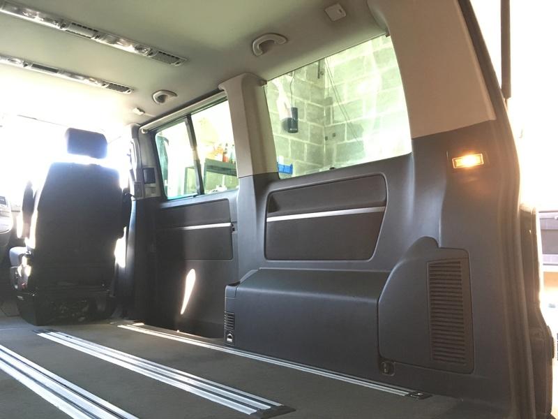 Démontage complet espace AR d'un Multivan Confortline 2006 Hd1-210