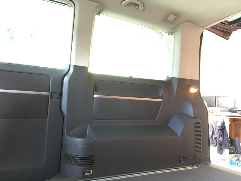 Démontage complet espace AR d'un Multivan Confortline 2006 Hd310