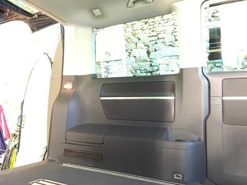 Démontage complet espace AR d'un Multivan Confortline 2006 Hg910