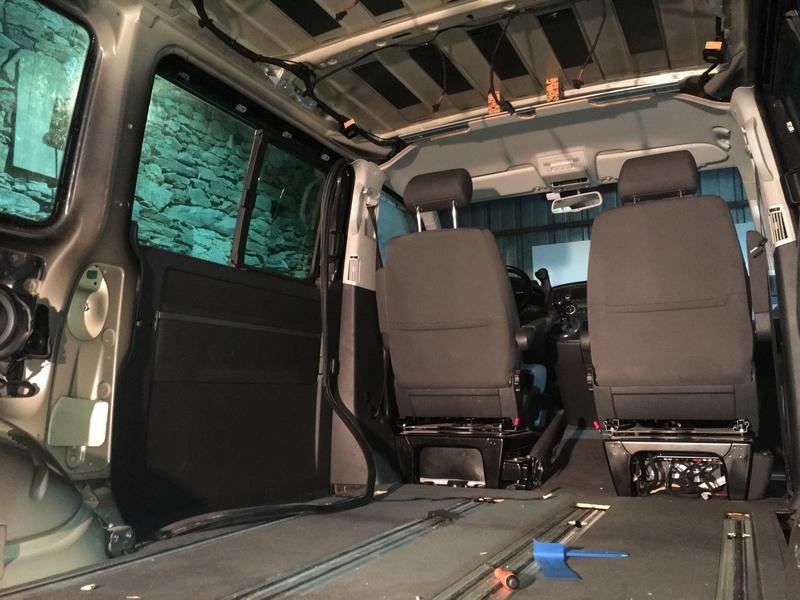 Démontage complet espace AR d'un Multivan Confortline 2006 Img_6013