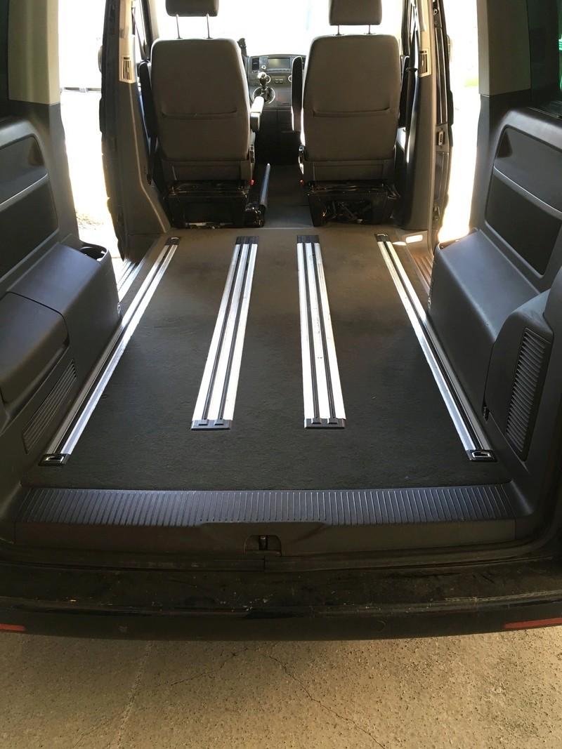 Démontage complet espace AR d'un Multivan Confortline 2006 Planch11