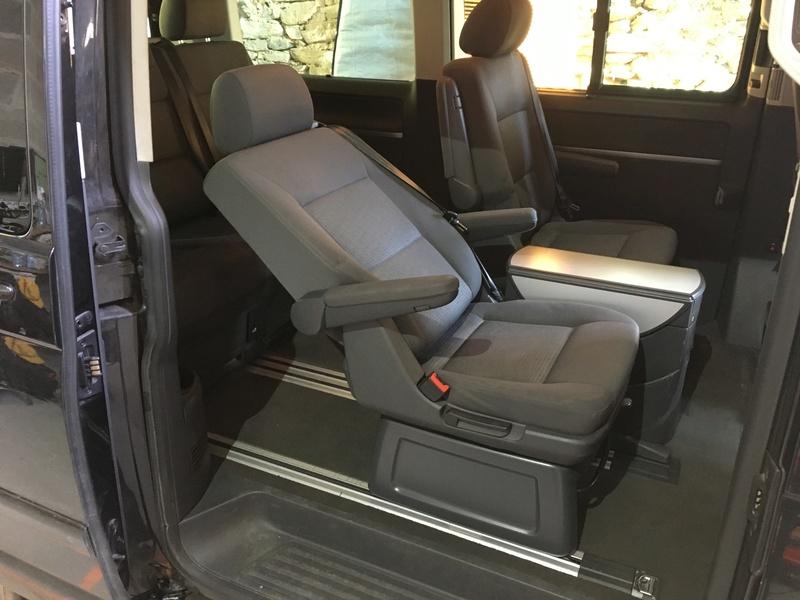 Démontage complet espace AR d'un Multivan Confortline 2006 S1410