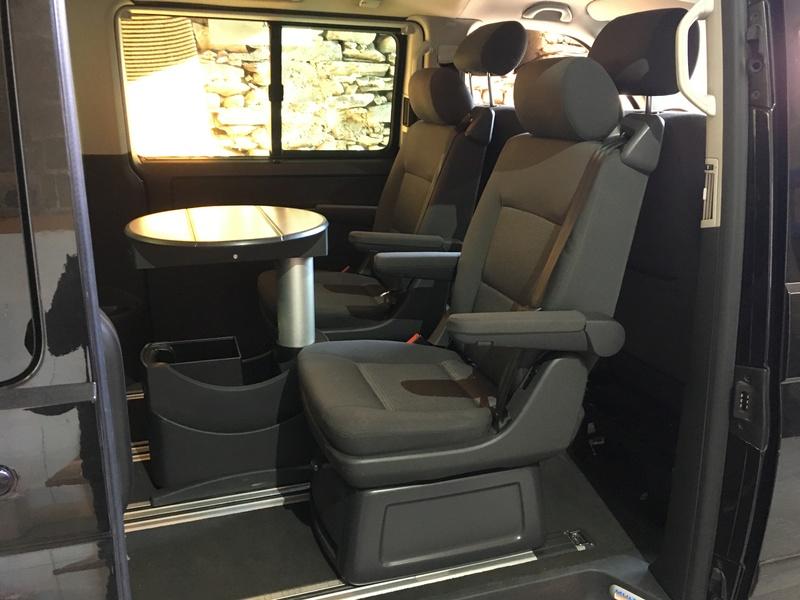 Démontage complet espace AR d'un Multivan Confortline 2006 S810