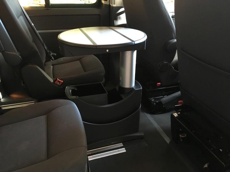 Démontage complet espace AR d'un Multivan Confortline 2006 T110
